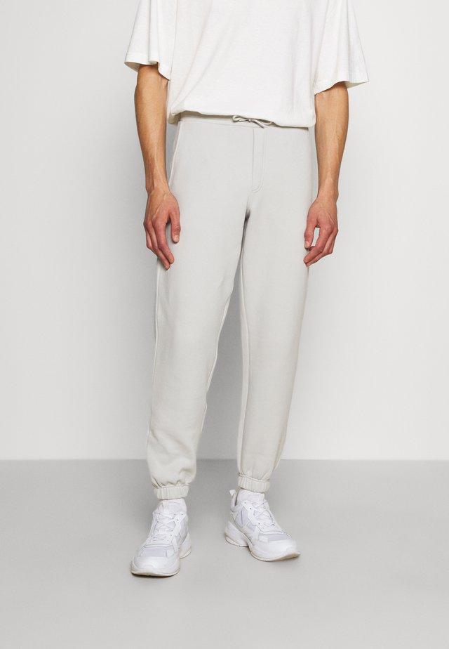FLEASER TROUSER - Teplákové kalhoty - grey