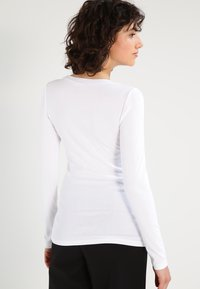 J.CREW - PERFECT FIT CREW - Long sleeved top - white - 2