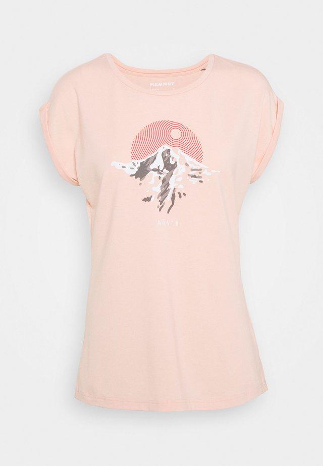 T-shirts med print - evening sand