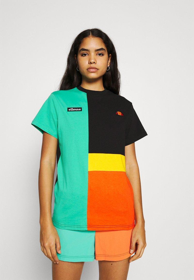 Ellesse - GOLDIE - Print T-shirt - multi