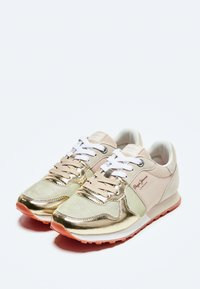 Pepe Jeans - VERONA W VERSUS - Trainers - gold - 2