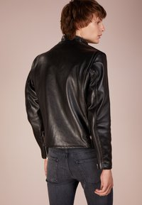 Schott Made in USA - CLASSIC CAFE RACER - Leather jacket - black - 2