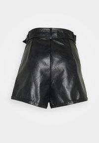 Fashion Union - NICKLE - Shorts - black - 1