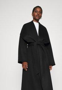IVY & OAK - BATHROBE COAT - Classic coat - black - 3