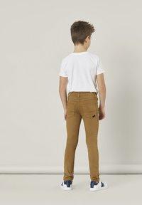 Name it - NKMTHEO  - Slim fit jeans - medal bronze - 1