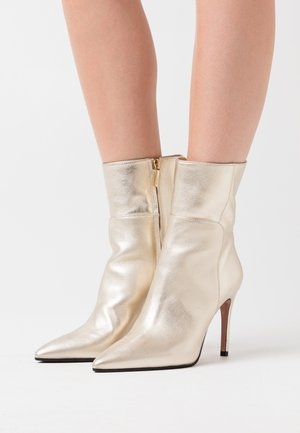 SILLA - High heeled ankle boots - platino