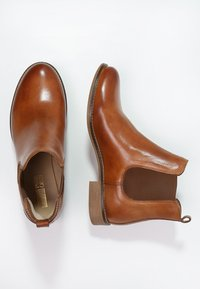 Pier One - Ankle boot - cognac - 1