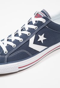 Converse - STAR PLAYER - Baskets basses - navy/white - 5