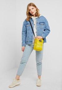 Bag N Noun - CAMP POCHETTE HALF - Across body bag - yellow - 5