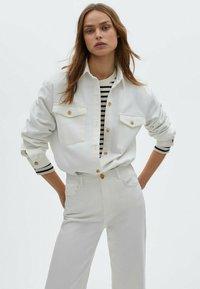 Massimo Dutti - Straight leg jeans - white - 1