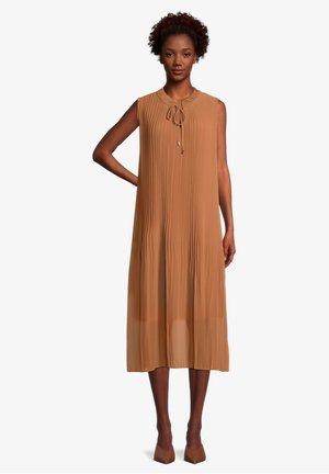 Day dress - muskat