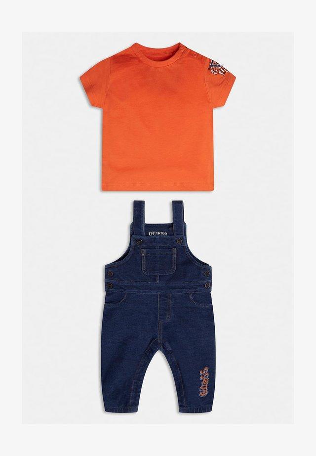 SET - Ogrodniczki - orange