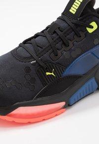 Puma - LQDCELL OPTIC - Zapatillas de running neutras - black - 5