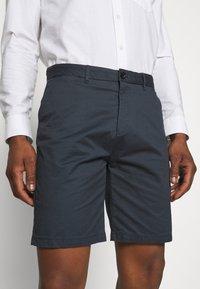 Scotch & Soda - STUART CLASSIC - Shorts - steel - 3