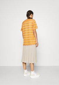 M Missoni - Print T-shirt - pumpkin - 2