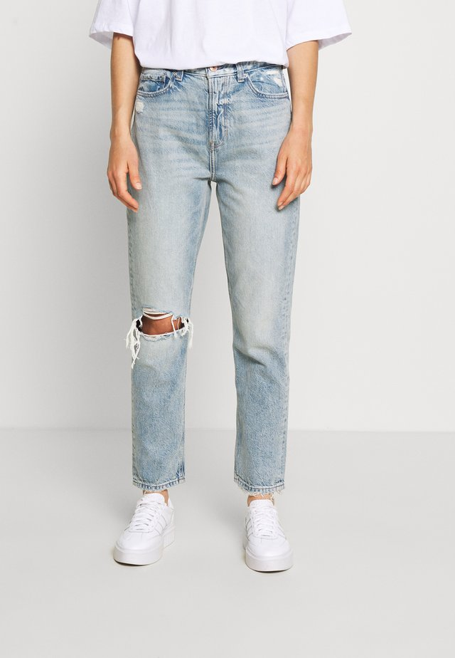 MOM JEAN - Jeans slim fit - destroyed light wash