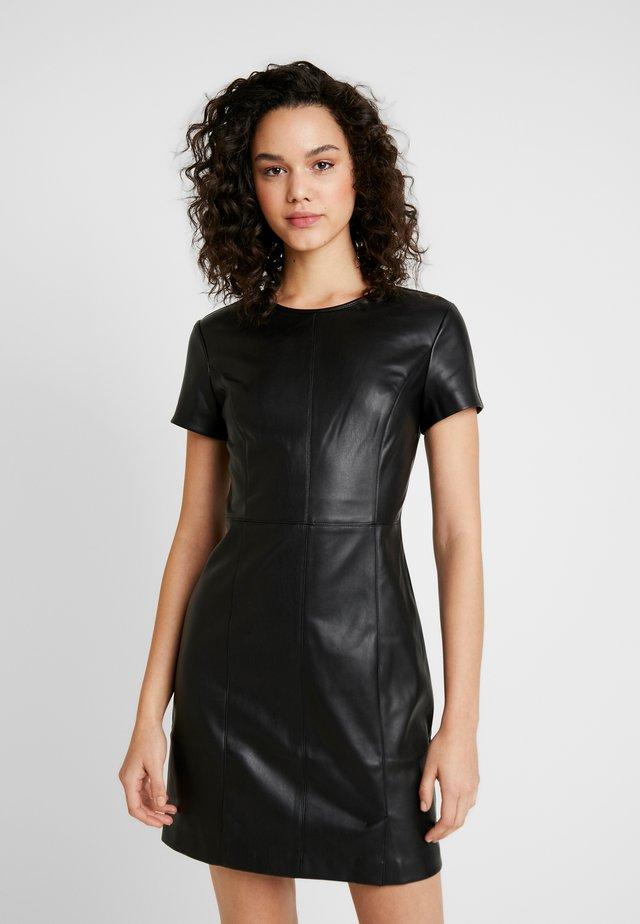 ONLMIA DRESS - Etuikleid - black