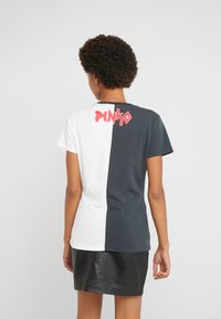 Pinko - SEMIFREDDO - T-shirt z nadrukiem - nero/bianco - 2