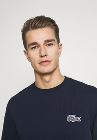 Lacoste - LACOSTE X NATIONAL GEOGRAPHIC - Collegepaita - navy blue - 3