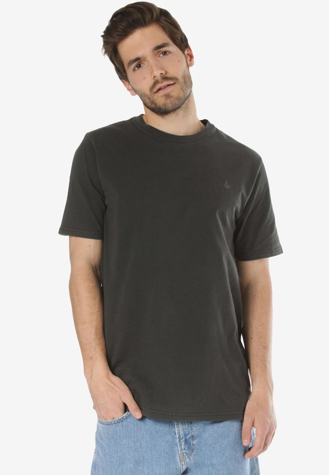 SOLID STONE EMB SS TEE - Basic T-shirt - black
