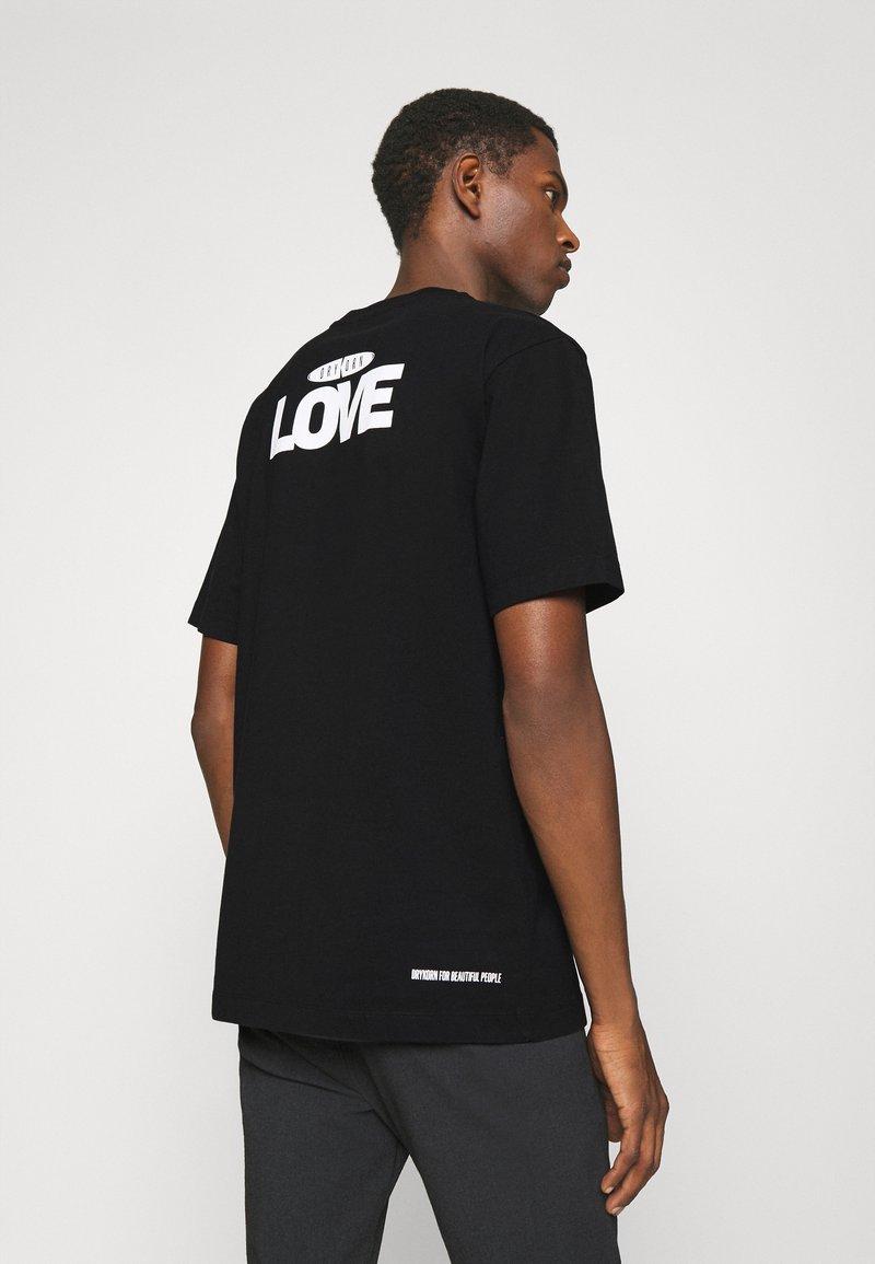 DRYKORN - EDDY LOVE - Print T-shirt - schwarz