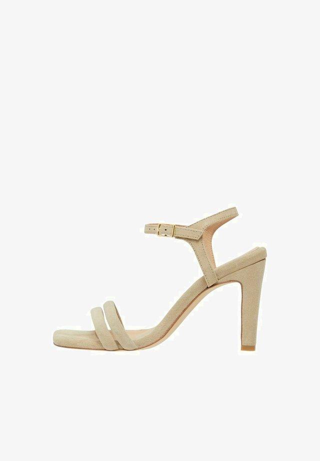 BIADEEDEE - Sandalen met hoge hak - sand