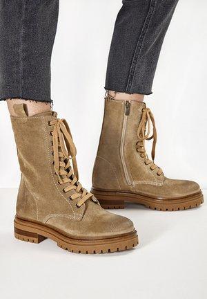 Platform ankle boots - sd mouton cmt
