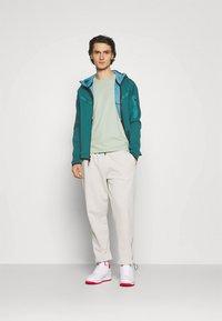 Nike Sportswear - HOODIE 2 TONE - Zip-up hoodie - dark teal green/blustery - 1