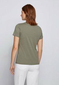 BOSS - C_ELOGO - Print T-shirt - dark green - 2