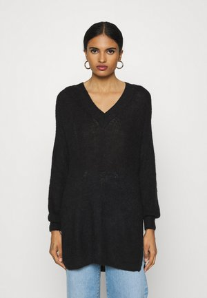 VMVILMA V NECK LONG SLIT - Strickpullover - black