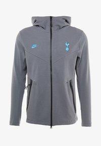 Nike Performance - TOTTENHAM HOTSPURS TECH PACK HOODIE - Klubbkläder - flint grey/blue fury - 5