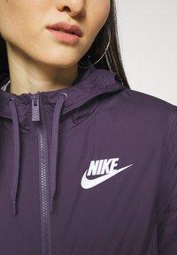 Nike Sportswear - Summer jacket - dark raisin/white - 4