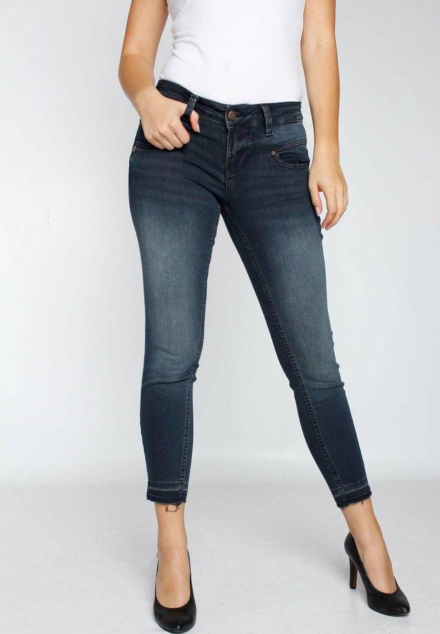 ALEXA  - Slim fit jeans - bronx wash