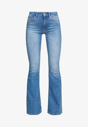 ONLBLUSH RETRO FLARED - Bootcut jeans - light blue denim