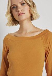 TOM TAILOR DENIM - CARMEN - Long sleeved top - orange yellow - 3