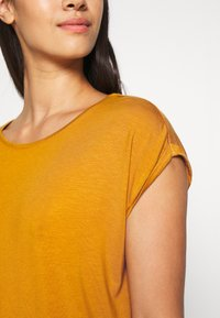 Vero Moda - VMAVA PLAIN - T-shirt basic - buckthorn brown - 5