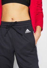 adidas Performance - TEAM SPORTS TRACKSUIT - Dres - scarle/legink - 4