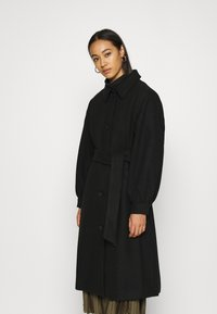 Monki - ROSIE COAT - Kåpe / frakk - black dark - 0