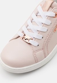 TOM TAILOR - Sneakers basse - rose - 5