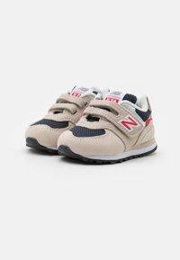 New Balance - IV574SJ2 - Zapatillas - beige - 1