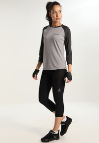 ODLO - BREEZE - 3/4 sportovní kalhoty - black - 1