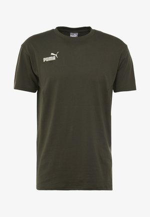 FTBLNXT CASUALS TEE - Print T-shirt - forest night/puma black