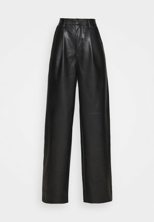 PLEAT DETAIL PANTS - Pantalones - black