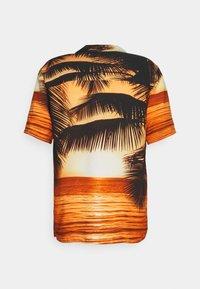 Redefined Rebel - GAEL SHIRT - Shirt - golden glow - 8