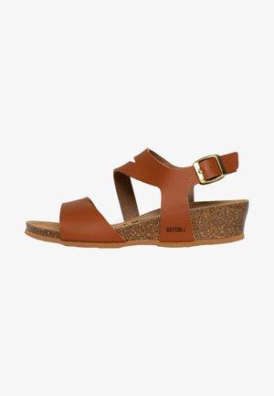 REUS - Sandaletter med kilklack - camel