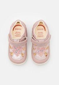 Geox - NEW BALU GIRL - Sandals - light rose - 3