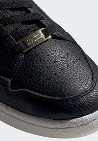adidas Originals - CONTINENTAL 80 SHOES - Trainers - black - 8