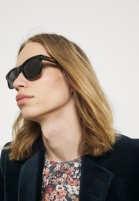 Gucci - UNISEX - Occhiali da sole - black/black/grey - 1