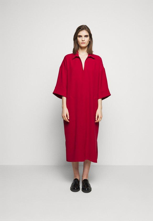 CHARRI - Sukienka letnia - rot