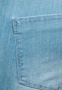 Supermom - LIGHT BLUE - Denim shorts - light blue denim - 2